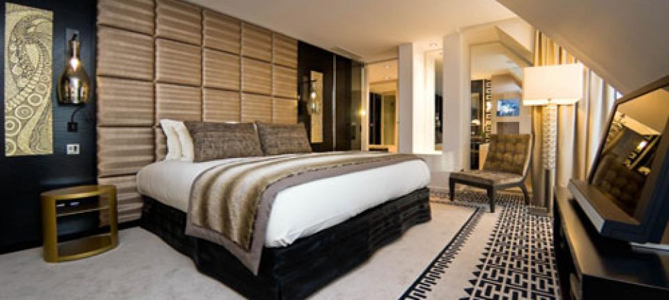 de nouvelles suites ultra chics au sofitel paris le. Black Bedroom Furniture Sets. Home Design Ideas