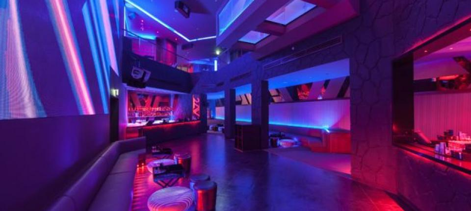 Un night-club qui pulse !