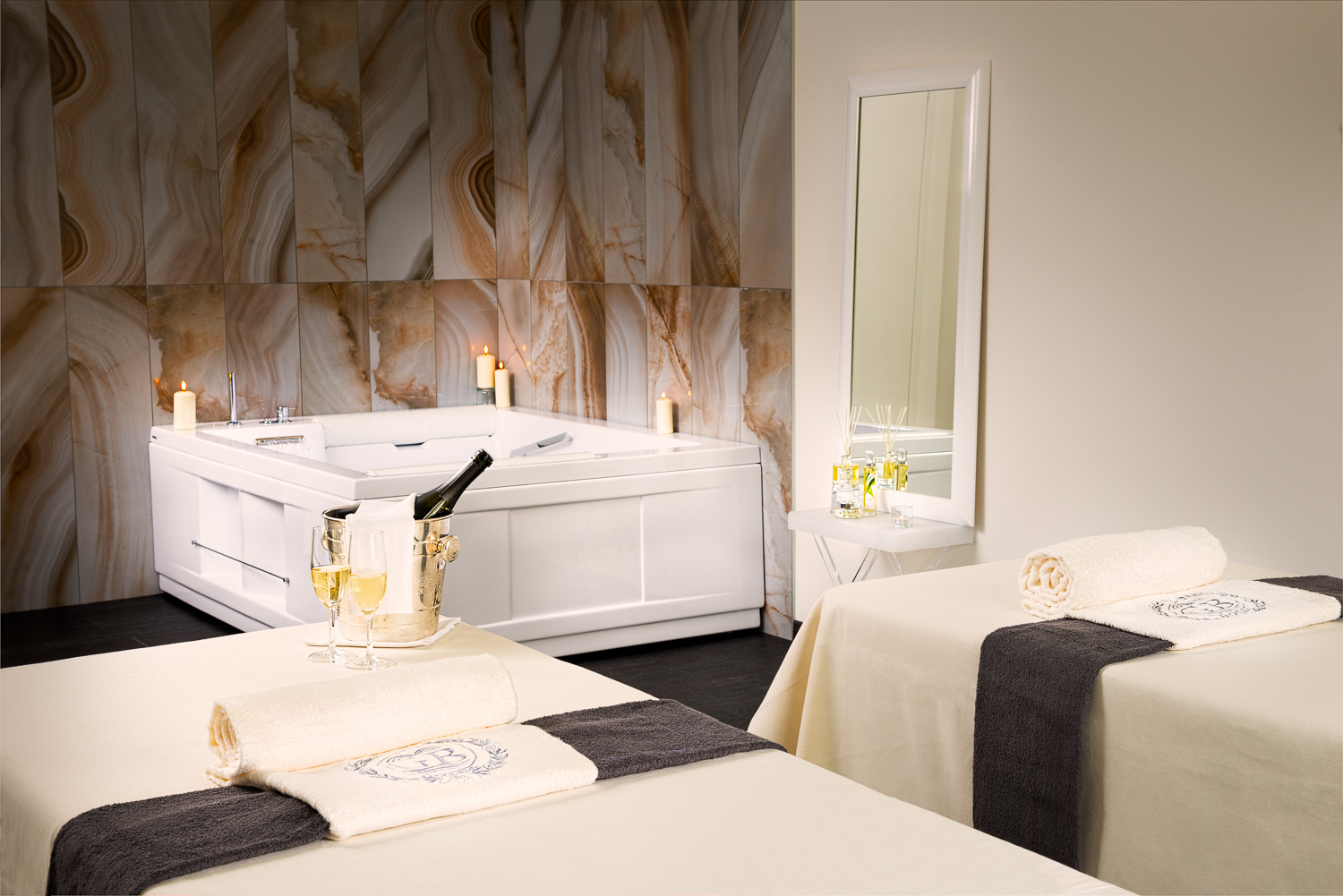 Romantic room en duo au spa Due Torri.